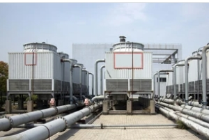 multiple cooling towers working to Prevent Legionella